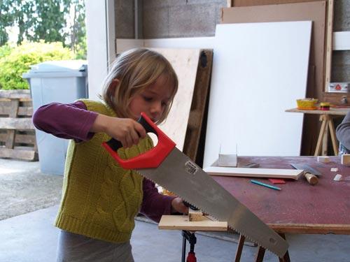 atelier de construction de jouet en bois à Quimper